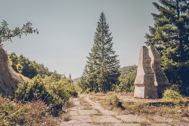 20210530_Macedonia_spomenik_abandonedHotel-1.jpg
