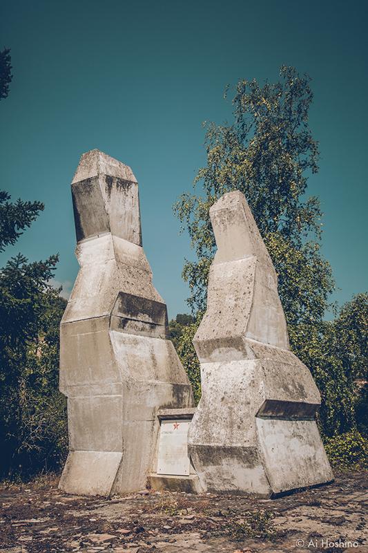20210530_Macedonia_spomenik_abandonedHotel-2.jpg
