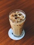 飲み物-アイスカフェラテ