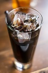 飲み物-アイスコーヒーとストロー