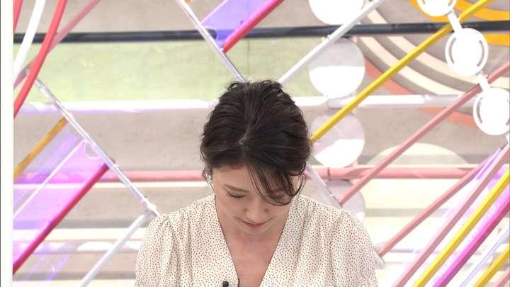2021年05月09日三田友梨佳の画像13枚目