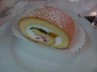 フルーツロールケーキ (5)
