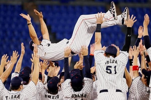 20210808NHK「野球!韓国は永遠のライバル」!韓国代表は日本製野球用品のロゴをテープを貼って隠して出場