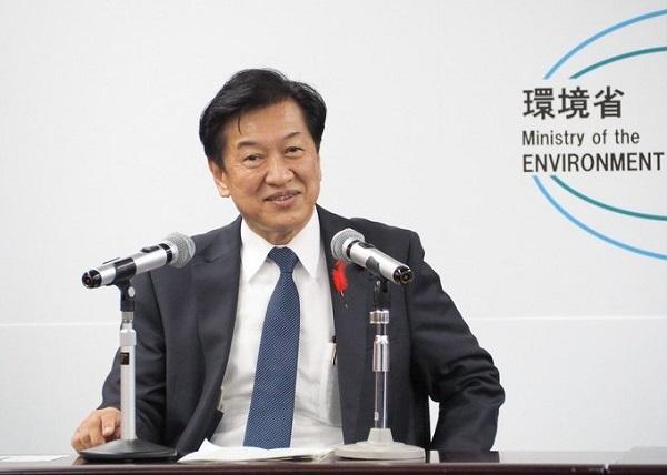 20211010山口壮環境相「レジ袋有料継続!原発より再生可能エネルギー!グレタに共感」!頭悪過ぎ!再任するな