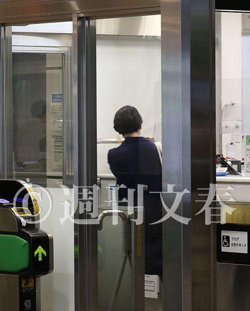 ダブル不倫を報じられた山尾志桜里は、極悪弁護士の倉持麟太郎と、その後も「議員パス」を利用して倉持の自宅で逢瀬を重ねていた!