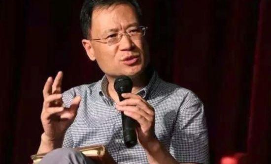 新型コロナウィルスの発生源について中国の肖波涛教授が海鮮市場ではなく、海鮮市場からほど近い場所にあるウィルス研究所からだと2020年2月6日に発表した。