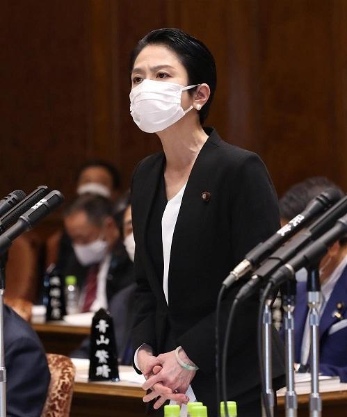蓮舫議員「さっきの繰り返しじゃないですか」 菅首相答弁が質問に噛み合わず国会騒然...一体何が起きたのか