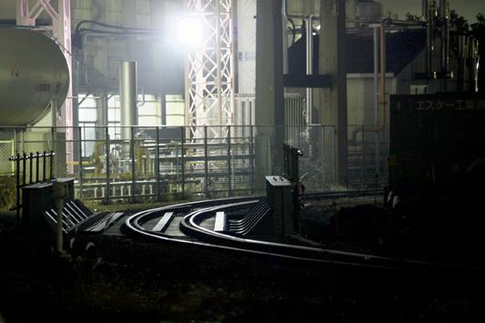 20101222三井化学夜景 (13)照明急曲線