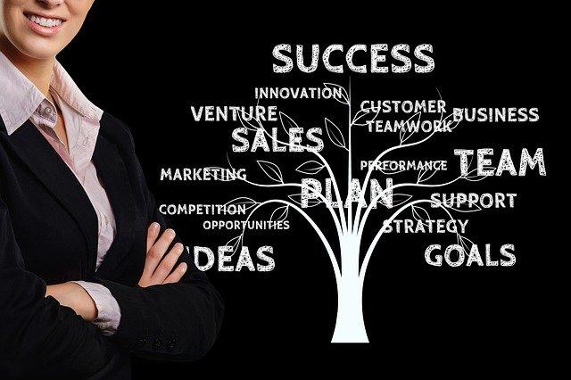 businesswoman-4430775_640.jpg