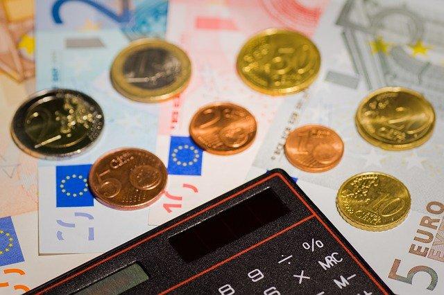 money-167733_640.jpg