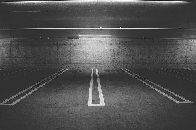 parking-deck-438415_640.jpg