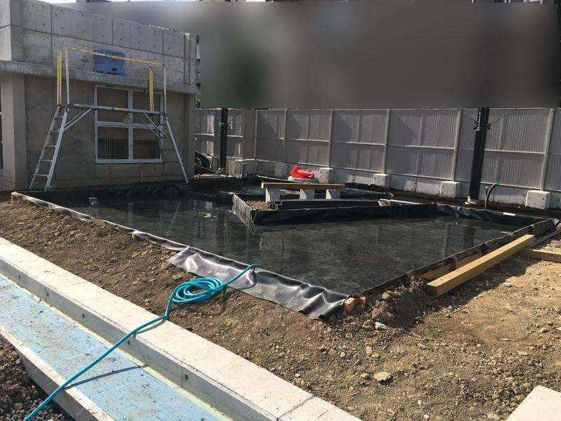 3遮水シート設置、防水試験 王一小学校21