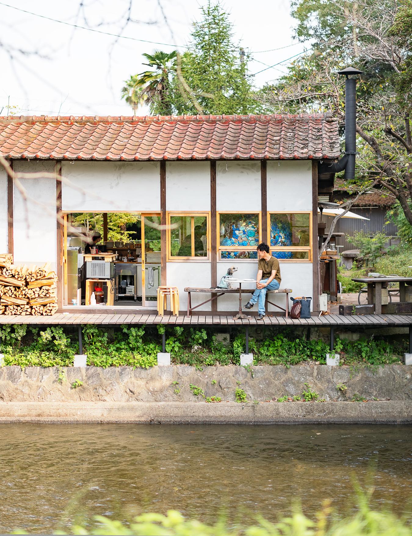水辺のカフェ10