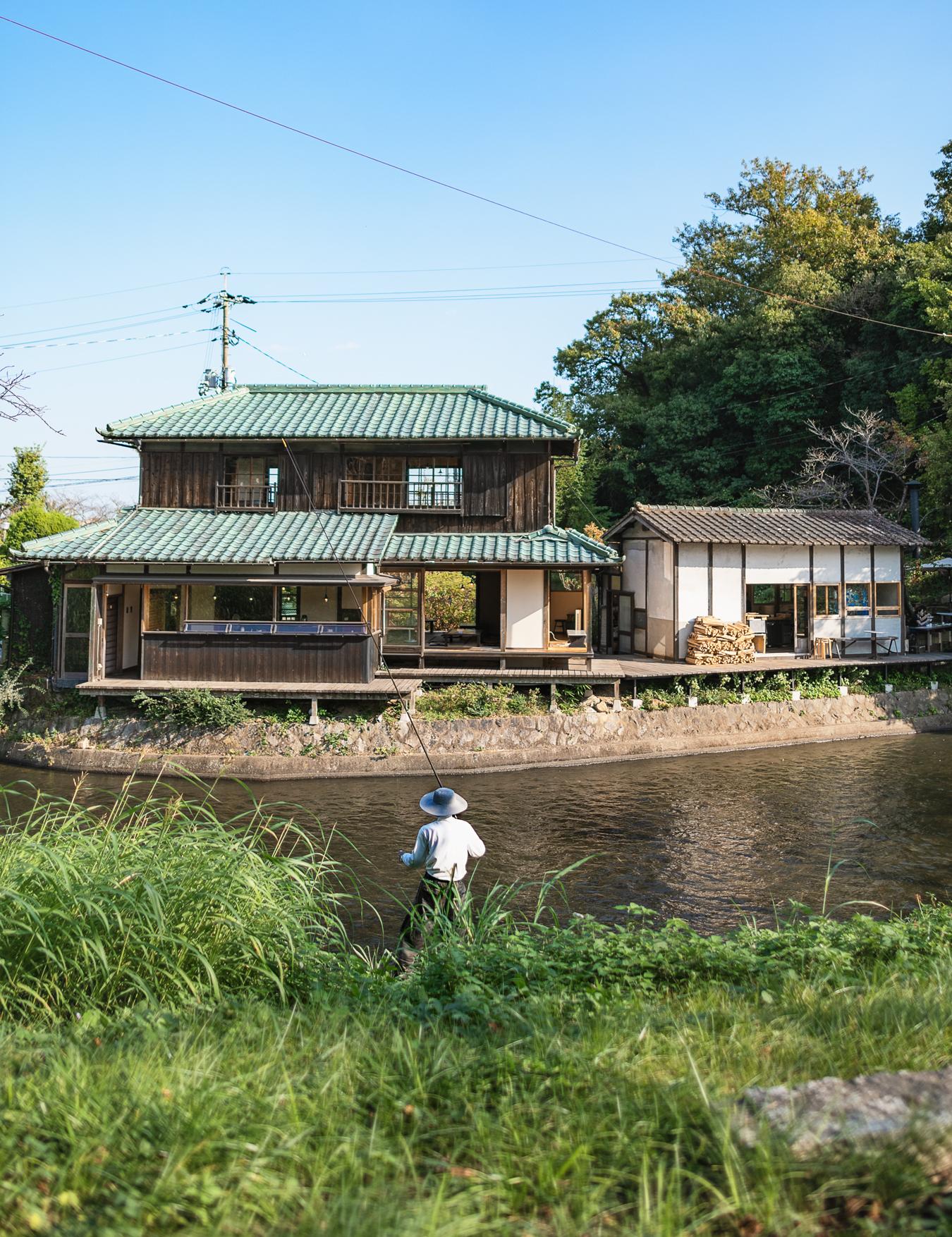 水辺のカフェ11