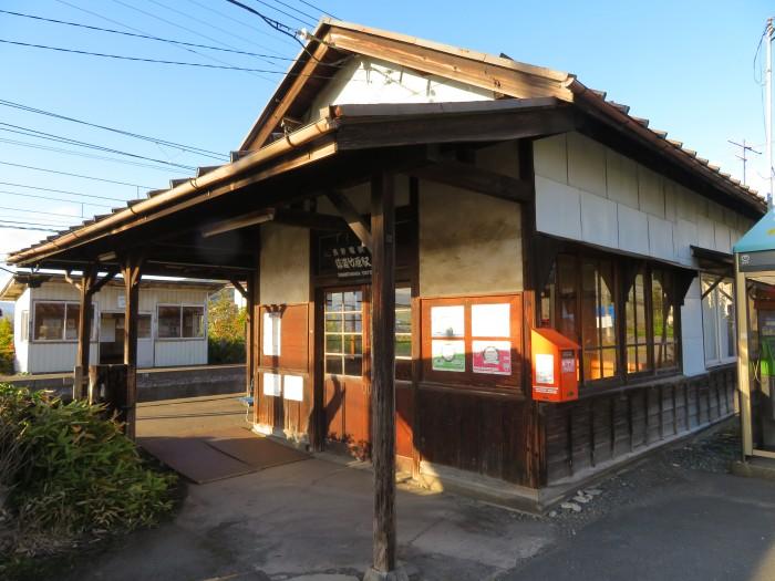 信濃竹原駅の駅舎