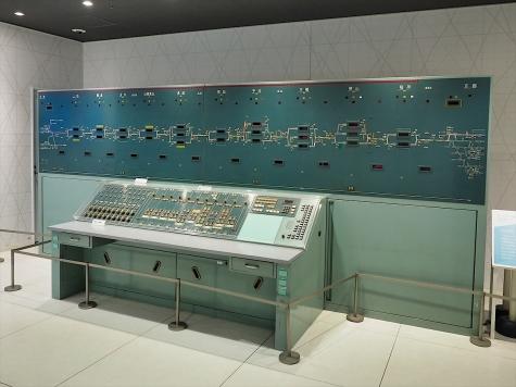 列車集中制御装置(CTC)表示板【京都鉄道博物館】