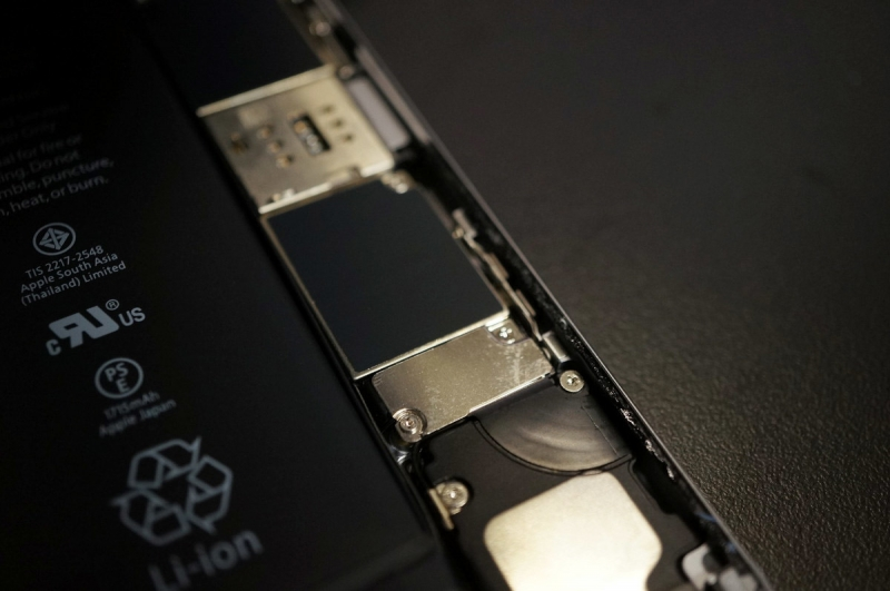 iPhone_Battery_Replace_011.jpg
