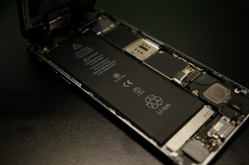 iPhone_Battery_Replace_019.jpg