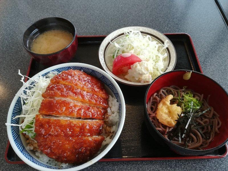 donburiya-nagahama-006.jpg