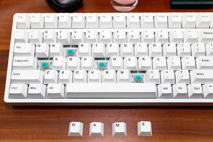 AJAZZ_TouchPad_Mechanical_Keyboard_02.jpg