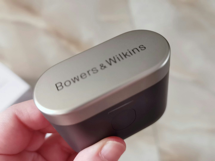Bowers_and_Wilkins_PI7_11.jpg