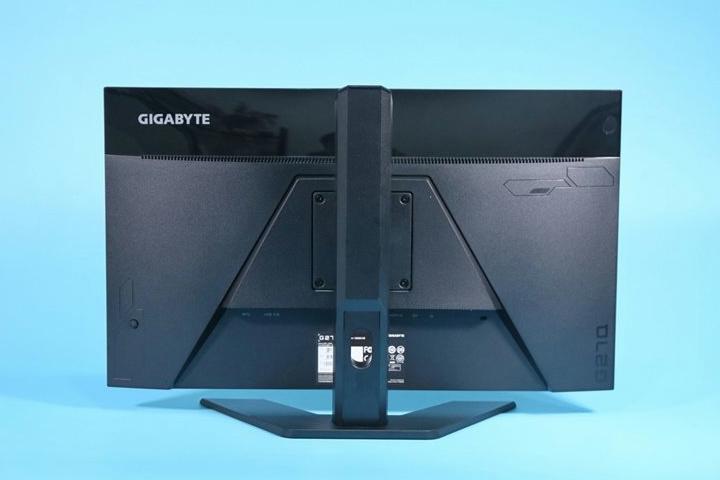 GIGABYTE_G27Q_10.jpg