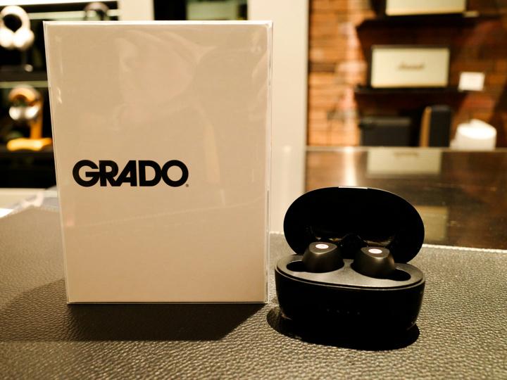 GRADO_GT220_07.jpg