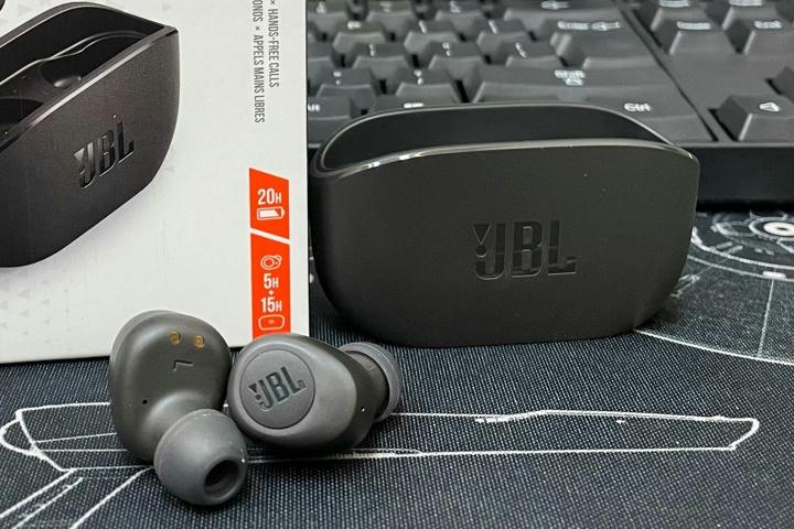 JBL_WAVE100_TWS_11.jpg