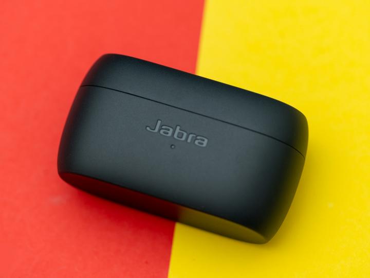 Jabra_Elite_2_03.jpg