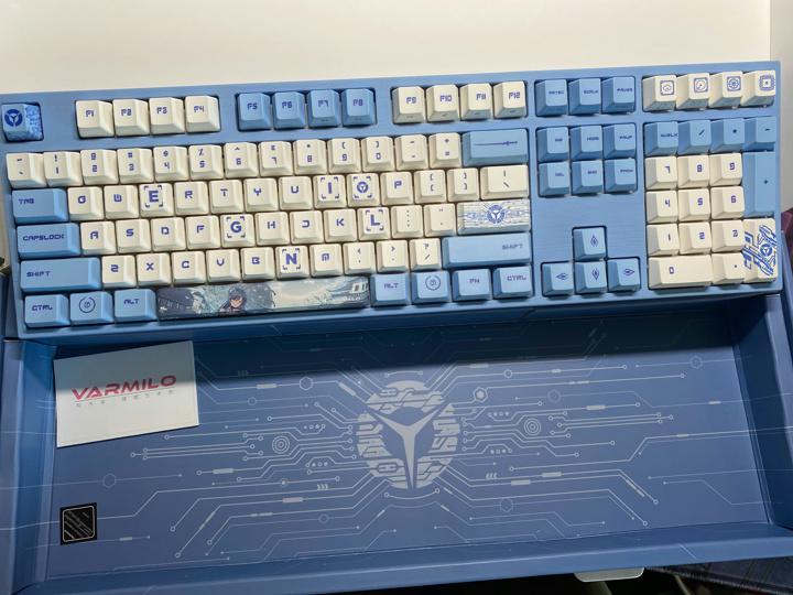 LEGION_Varmilo_Mechanical_Keyboard_02.jpg