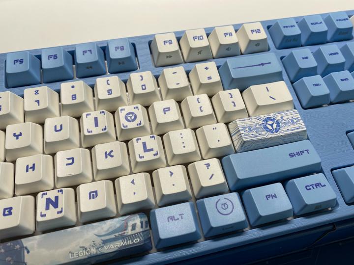 LEGION_Varmilo_Mechanical_Keyboard_04.jpg