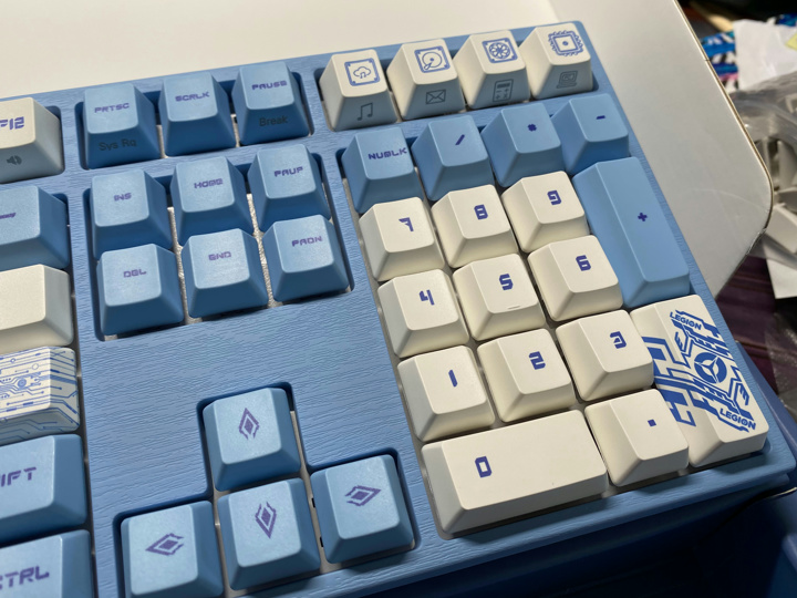 LEGION_Varmilo_Mechanical_Keyboard_05.jpg