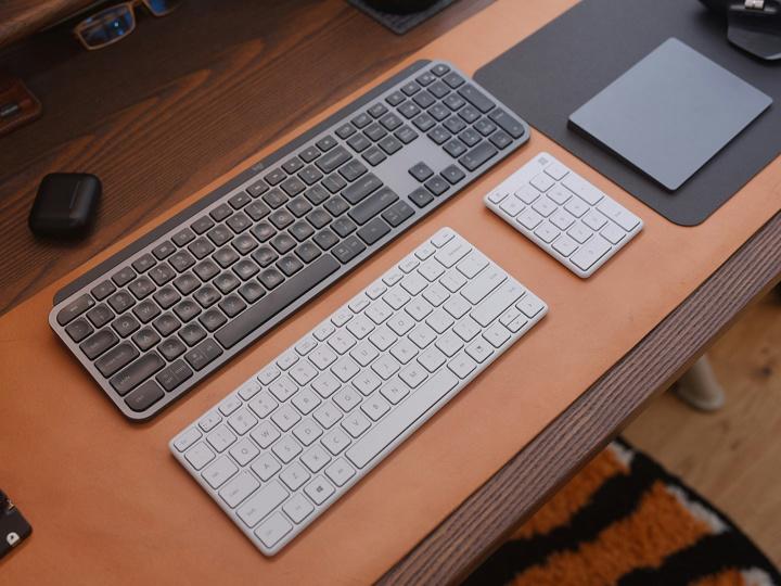 Microsoft_Designer_Compact_Keyboard_08.jpg