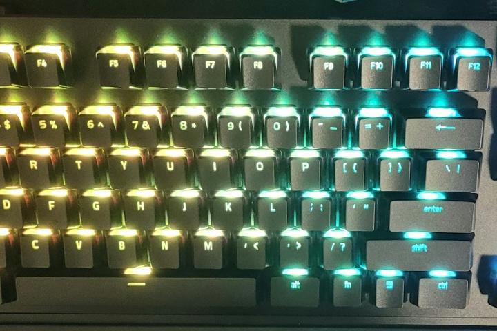 Razer_Phantom_Keycap_Upgrade_Set_06.jpg