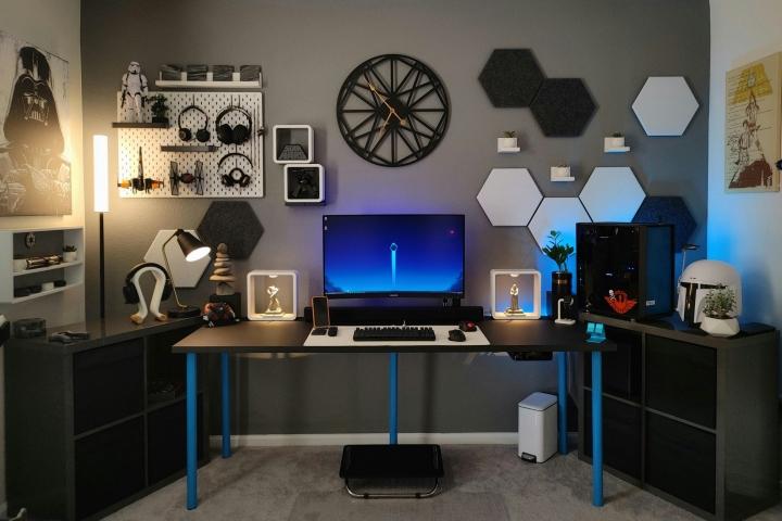 Show_Your_PC_Desk_Part225_01.jpg