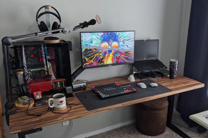 Show_Your_PC_Desk_Part225_24.jpg