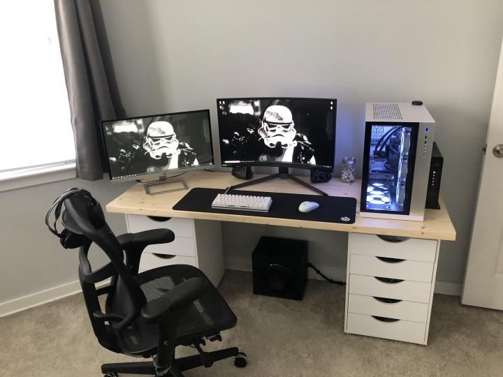 Show_Your_PC_Desk_Part225_34.jpg