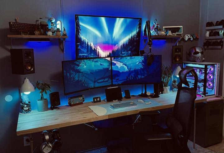 Show_Your_PC_Desk_Part225_40.jpg
