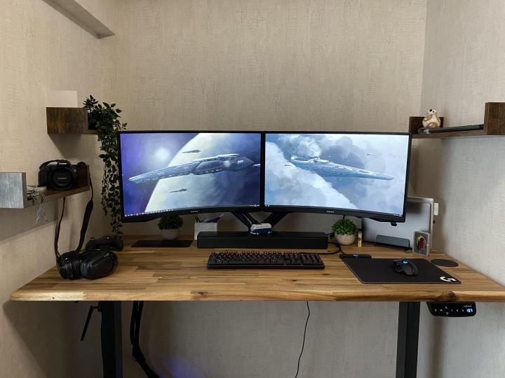 Show_Your_PC_Desk_Part225_43.jpg