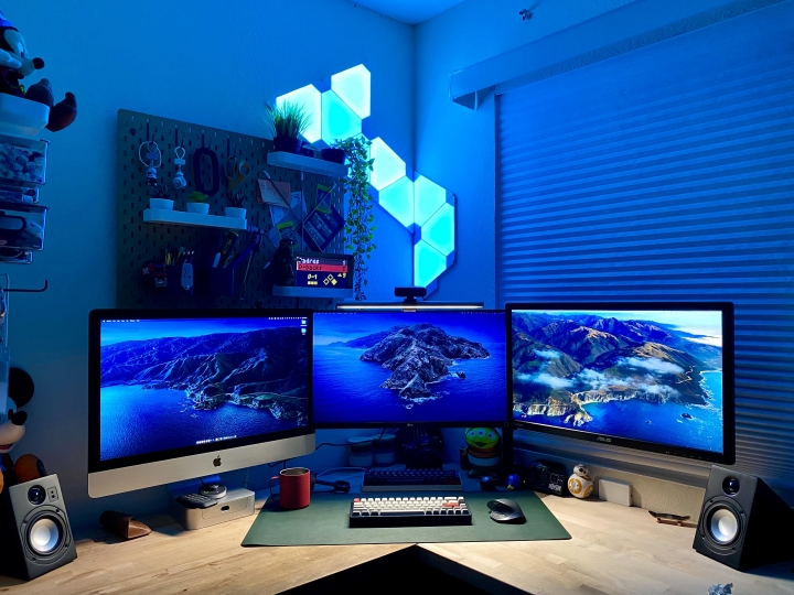 Show_Your_PC_Desk_Part225_85.jpg