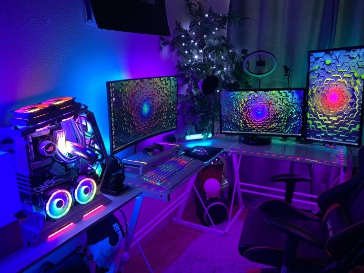 Show_Your_PC_Desk_Part225_92.jpg