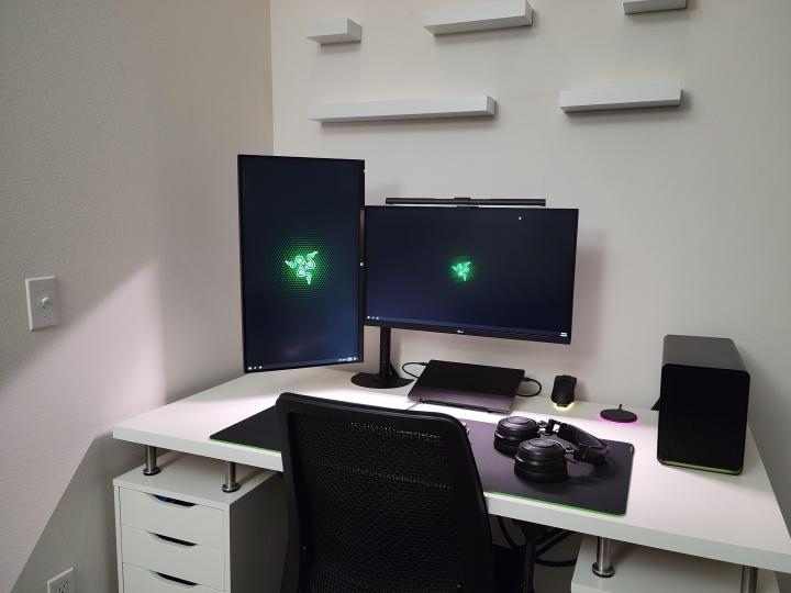 Show_Your_PC_Desk_Part225_96.jpg