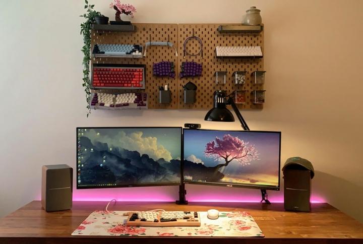 Show_Your_PC_Desk_Part226_09.jpg
