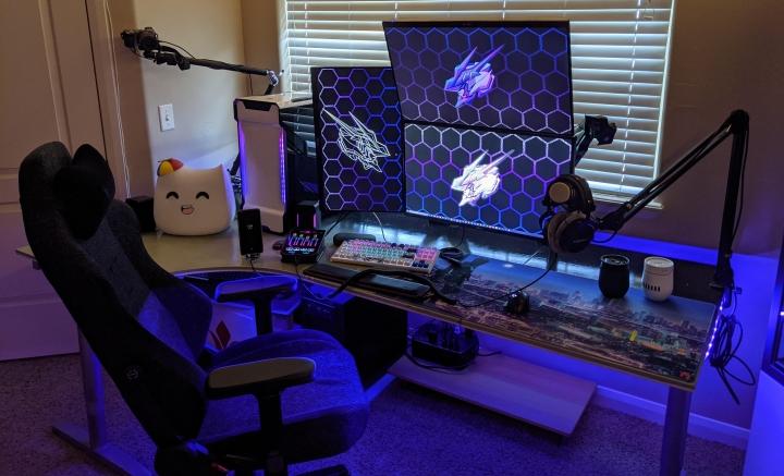 Show_Your_PC_Desk_Part226_14.jpg