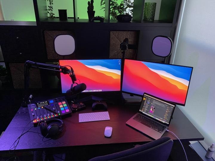 Show_Your_PC_Desk_Part226_24.jpg