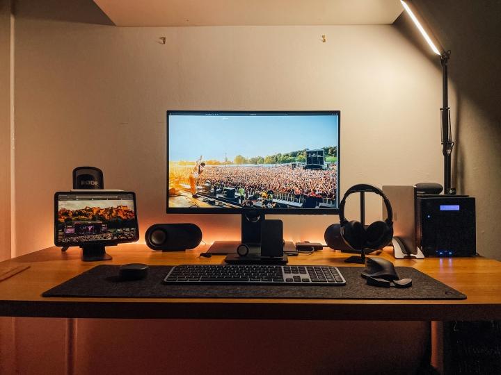 Show_Your_PC_Desk_Part226_43.jpg