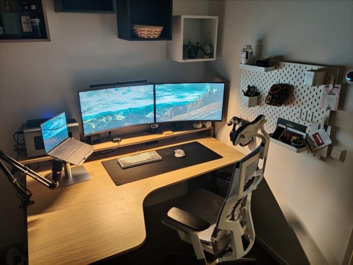 Show_Your_PC_Desk_Part226_72.jpg