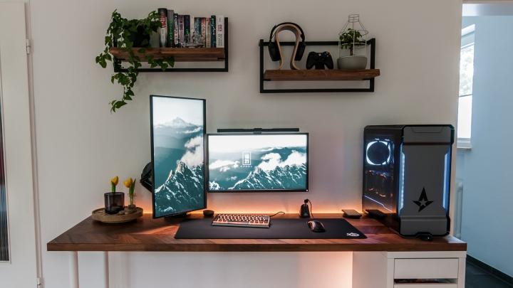 Show_Your_PC_Desk_Part226_84.jpg