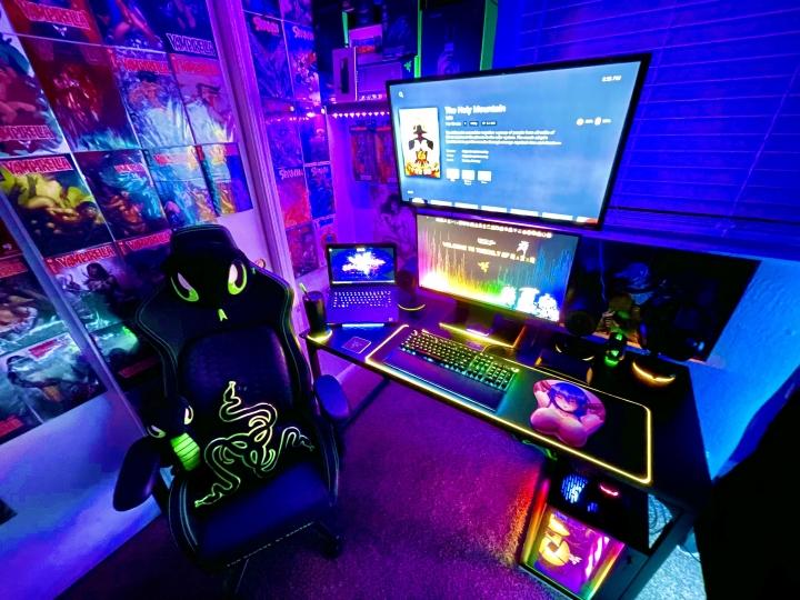 Show_Your_PC_Desk_Part227_08.jpg