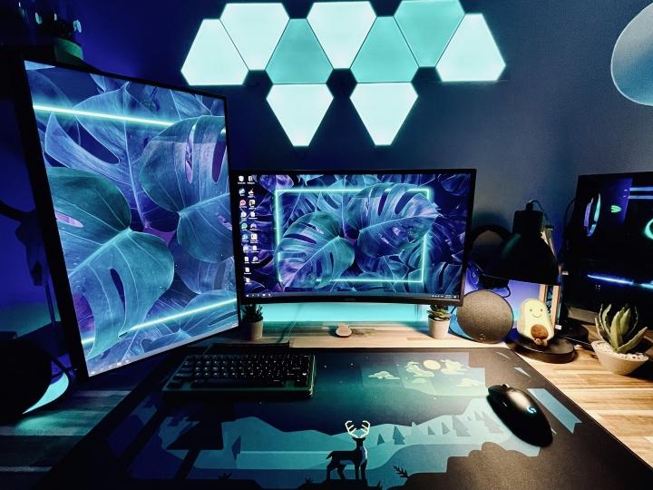 Show_Your_PC_Desk_Part227_100.jpg